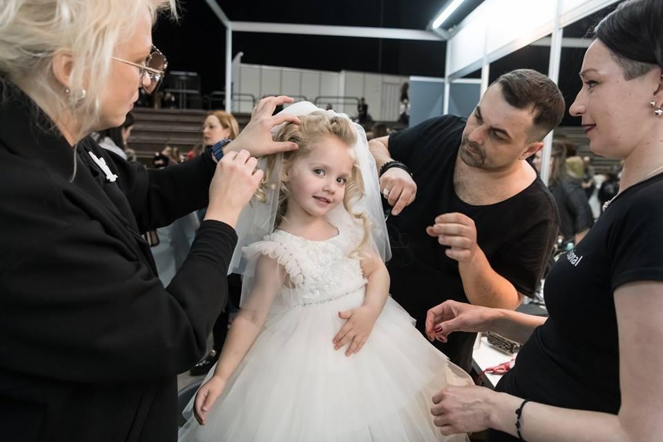 Дети Пугачевой и Галкина стали звездами первой детской коллекции Юдашкина — фото