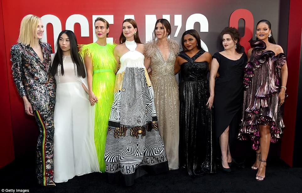 Известные актрисы презентовали фильм «8 подруг Оушена» — фото