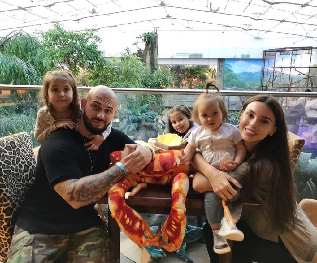 Оксану Самойлову осудили за четвертую беременность — фото