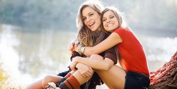 Люди, у которых есть сестры, более счастливы и оптимистичны