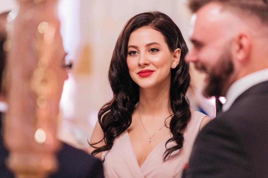 Солистка ВИА ГРЫ выходит замуж — фото