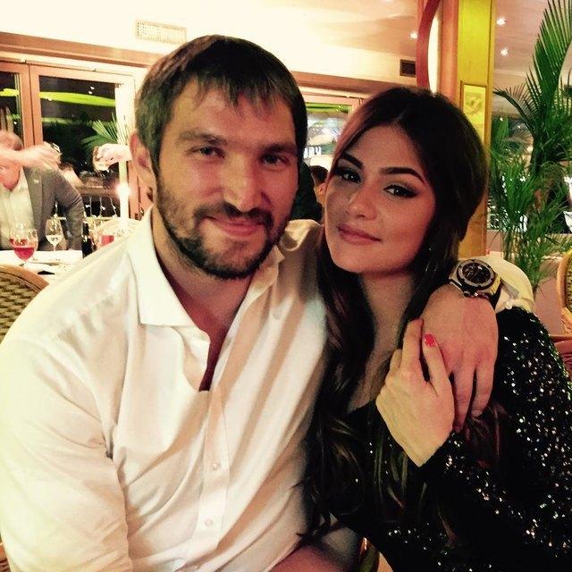 Александр Овечкин и Анастасия Шубская впервые стали родителями — фото