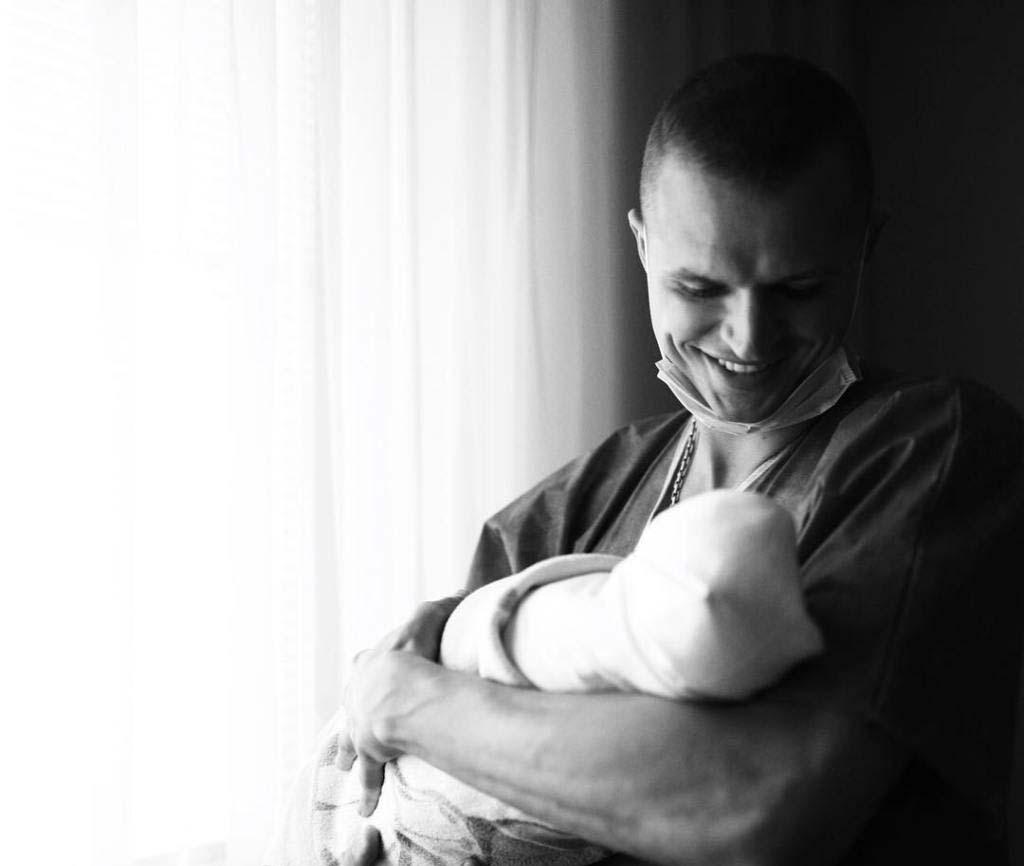 Тарасов и Костенко показали трогательное ВИДЕО рождения дочки