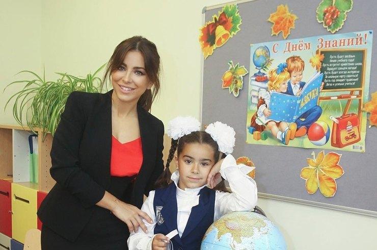 Обучение дочки в первом классе обойдется Ани Лорак в 2 млн рублей!