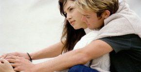 9 способов, как женщины усложняют отношения — согласно мужчинам