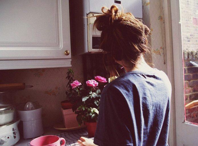 В тяжелые дни, дни, когда мне одиноко, когда голос в моей голове заверяет меня, что я никому не нужна, ты даже не представляешь, как много для меня значит простое сообщение.